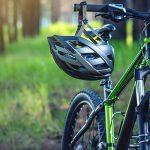 Prilby a chrániče na bicykel predstavujú ideálnu ochranu